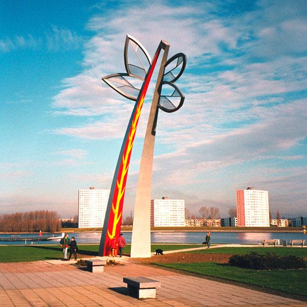 1997  Spijkenisse Maasboulevard Sculptured Gateway