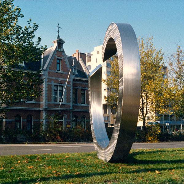 1986  Rotterdam Westersingel staalsculptuur Kringloop