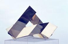 1976 Kleinplastiek (in-situ) uit de serie messing schakelobjecten