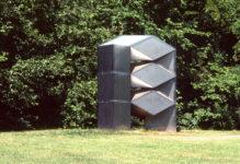 1977  Amsterdam Buitenveldert roestvrijstaal/ perspex sculptuur