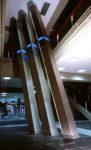 1980  Hoofddorp Gemeentehuis Haarlemmermeer lichtsculptuur met kleurindicatie N.A.Peil