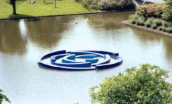 1982 Floating Circles drijvend sculptuur polyester expositie Stadswandelpark Eindhoven