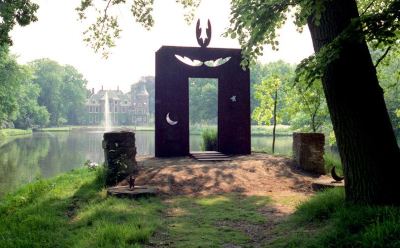 1988 Hoevelaken  Prometheus Temple staalsculptuur