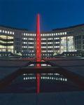 1990  Rotterdam  Brainpark gebouw Erasmusstaete   roestvrijstaal sculptuur met neonlicht in de vijver
