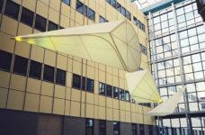 1994  Groningen  Academisch Ziekenhuis (UMCG)  Strange Kites drie lichtsculpturen in de patio